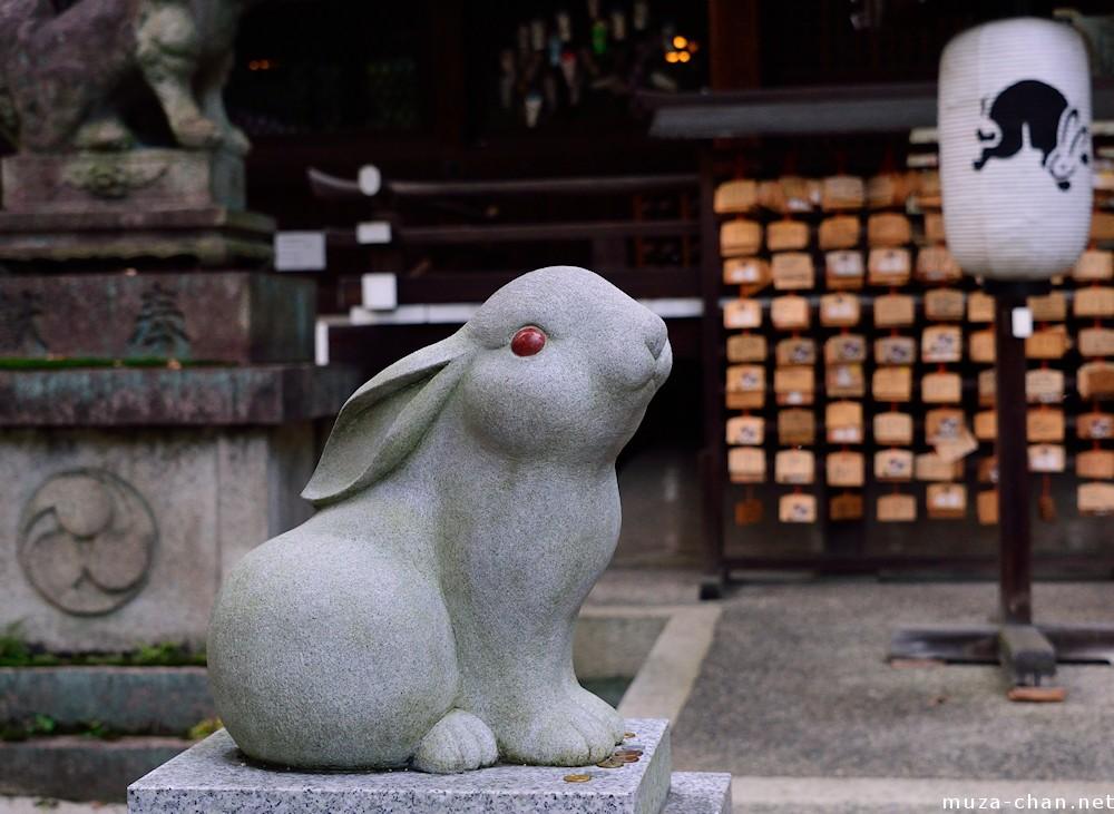 Statua Coniglio lunare